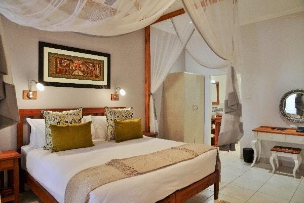Batonka-guest-house-rooms-vic-falls-zimbabwe
