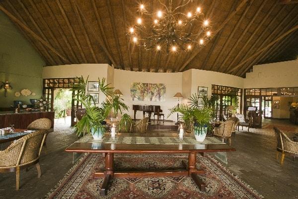 Ilala-lodge-restaurant-victoria-falls-zimbabwe