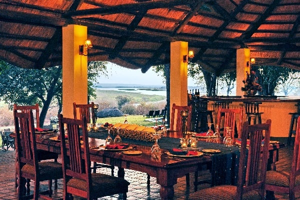 Imbabala-dining-victoria-falls-zimbabwe