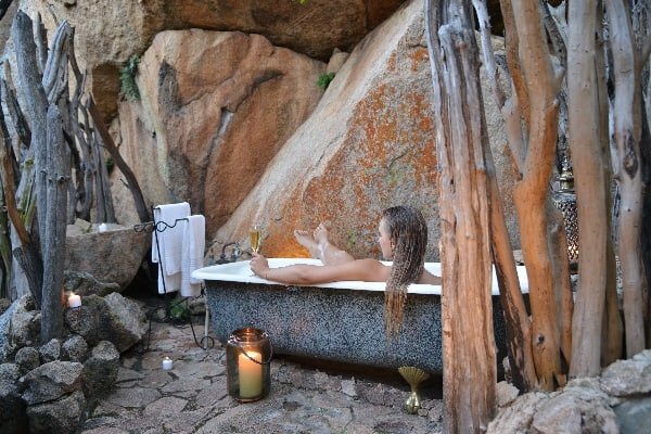 Matobo-camp-amalinda-bath-zimbabwe