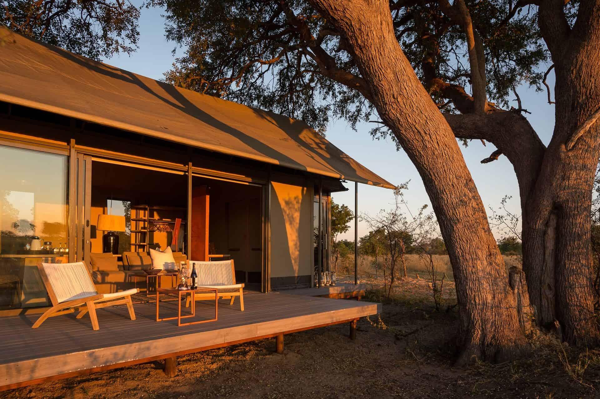 Tailormade-safaris-linkwasha-camp-exteriorfront-hwange-zimbabwe