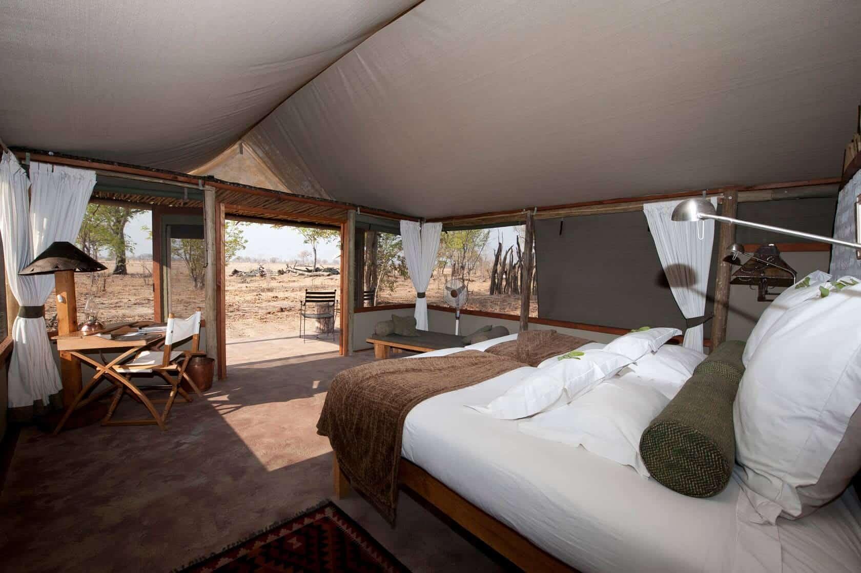Tailormade-safaris-litlle-makalolo-rooms-hwange-zimbabwe