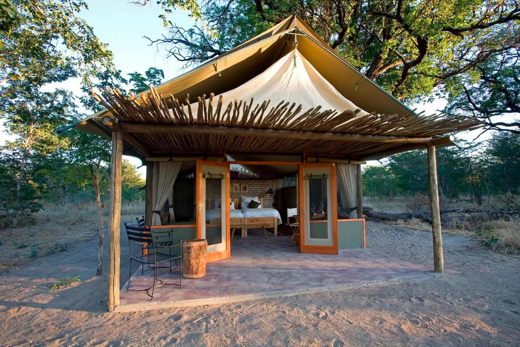 Tailormade-safaris-little-makalolo-exterior-hwange-zimbabwe