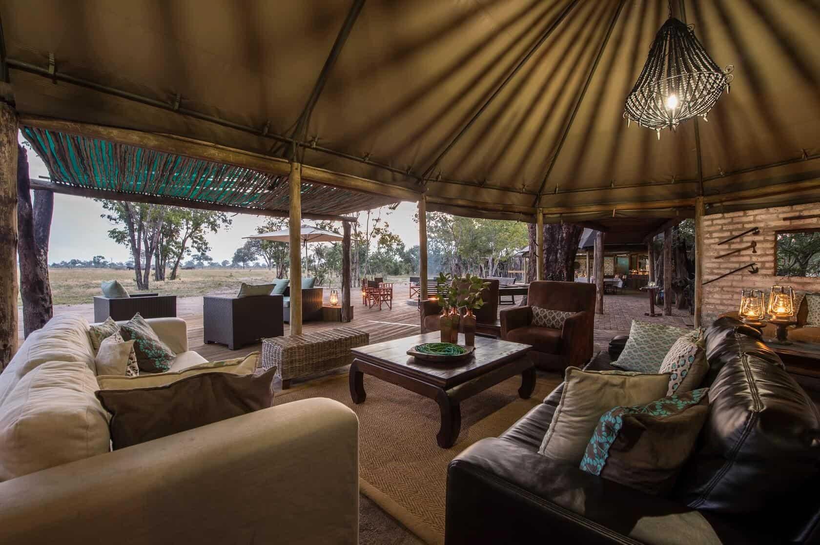 Tailormade-safaris-little-makalolo-hwange-zimbabwe