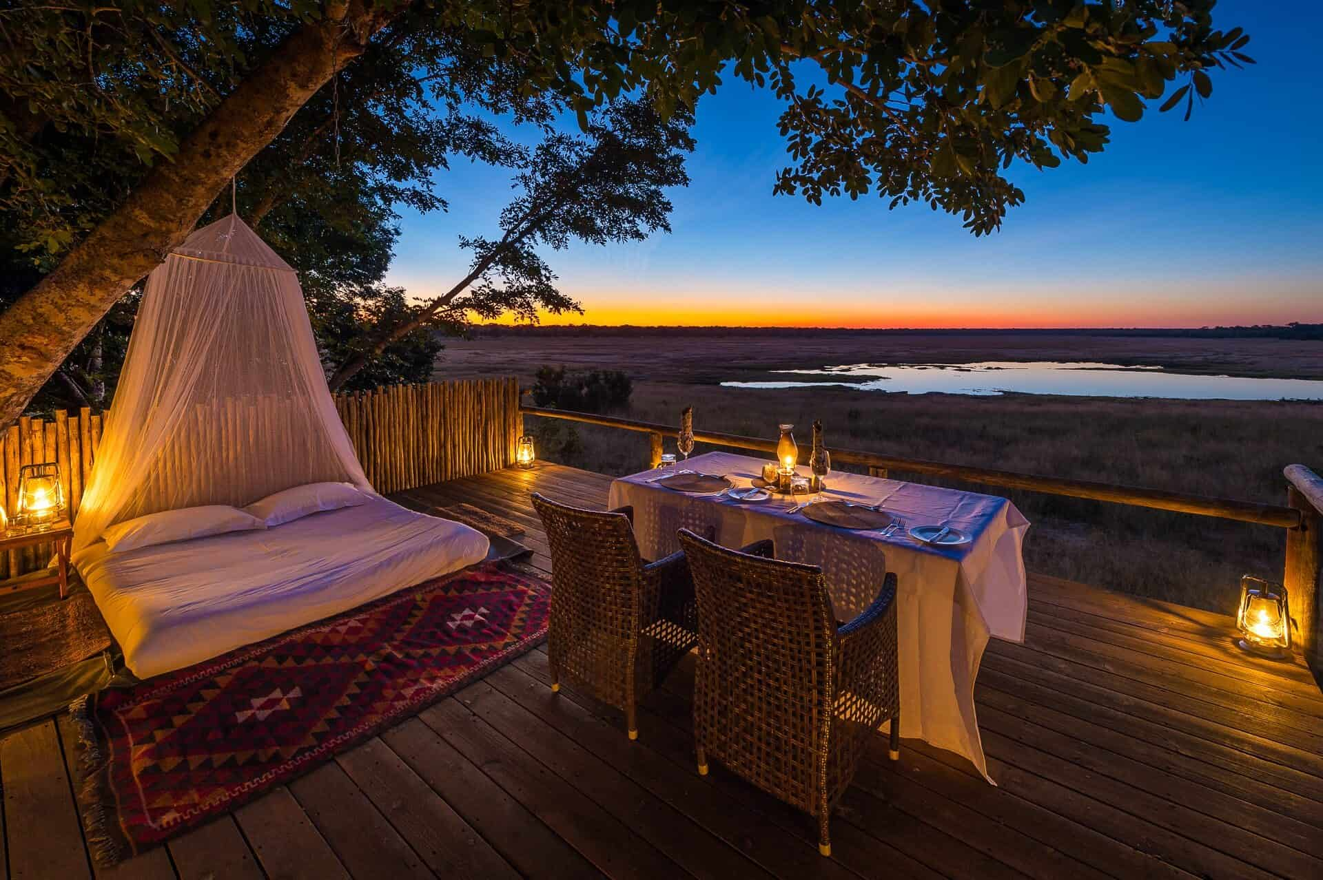 Tailormade-safaris-little-makalolo-star-bed-hwnage-zimbabwe