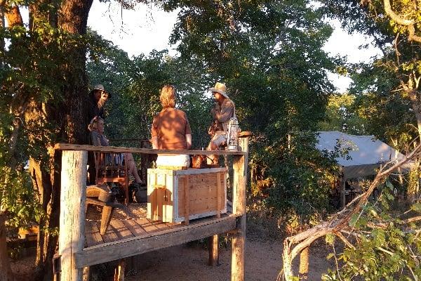 Tailormade-safaris-vintage-camp-hwange-zimbabwe
