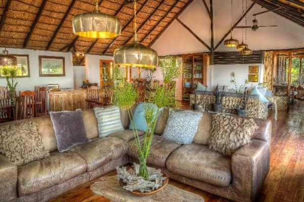 Xugana-Island-Lodge-Lounge-okavango-botswana
