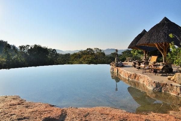 Zimbabwe-camp-amalinda-pool-matobo