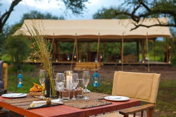 asanja-grumeti-dining-serengeti-tanzania