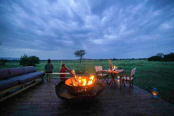 asanja-grumeti-fireplace-serengeti-tanzania