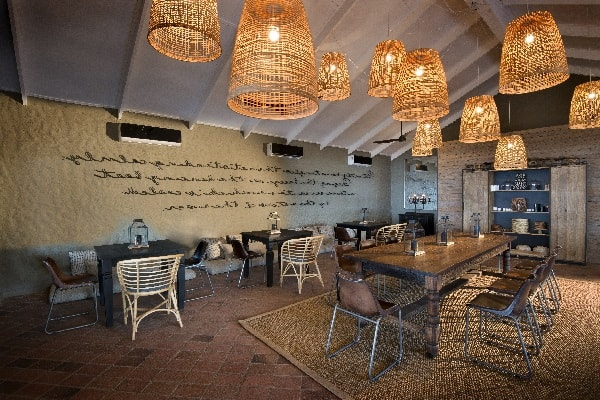 bumi_hills_safari_lodge_lake_kariba_zimbabwe_luxury_safari_lodge_dining_room__african_bush_camps_39