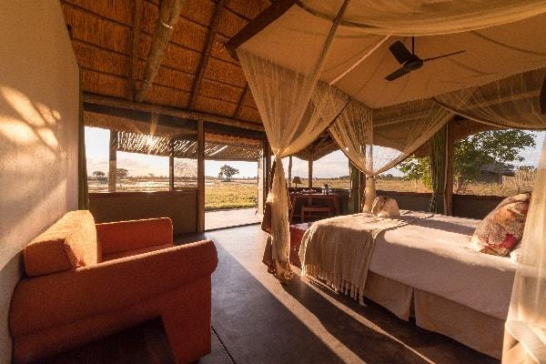 camp-hwange-interior-zimbabwe-safaris