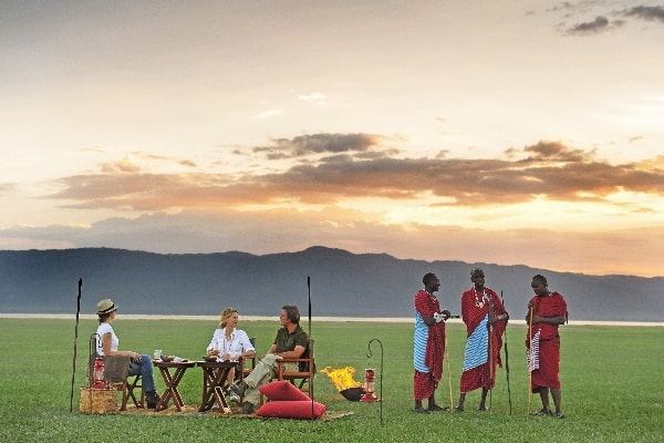 chem-chem-lodge-sundowners-tarangire-tanzania