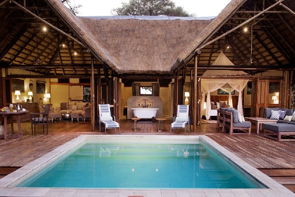 chiawa-camp-pool-lower-zambezi-zambia