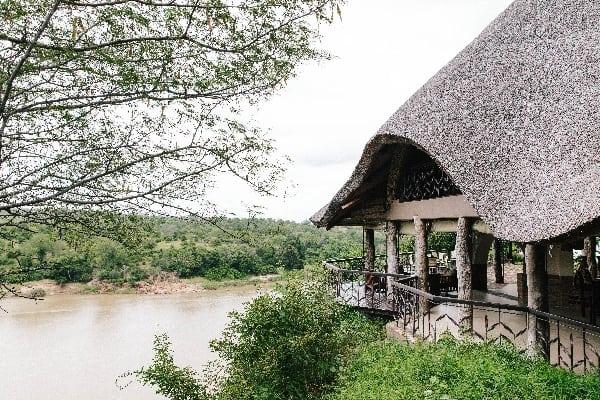 chilo-safari-lodge-gonarezhou-zimbabwe