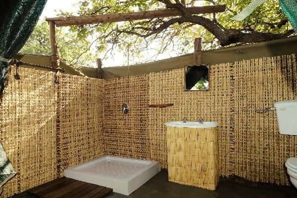chilo-safari-lodge-outside-shower-gonarezhou-zimbabwe