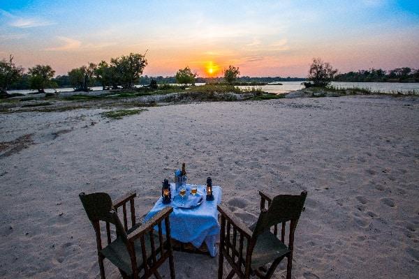 chundu-island-beach-victoria-falls-zimbabwe