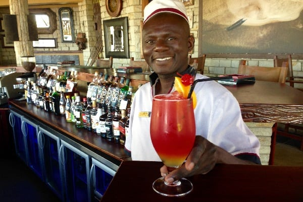 david-livingstone-lodge-cocktails-zambia