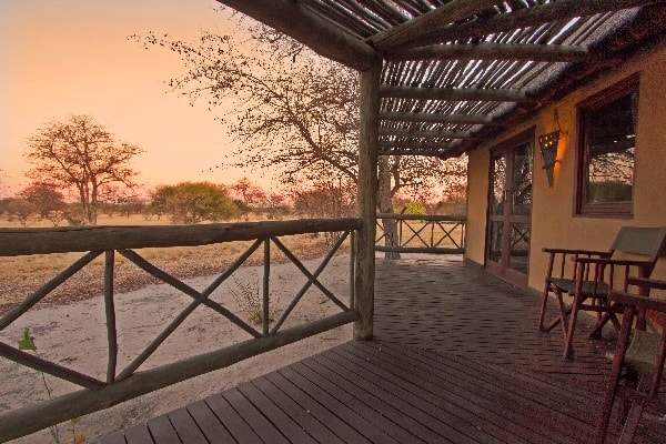 deception-valley-lodge-room-view-kalahari-botswana
