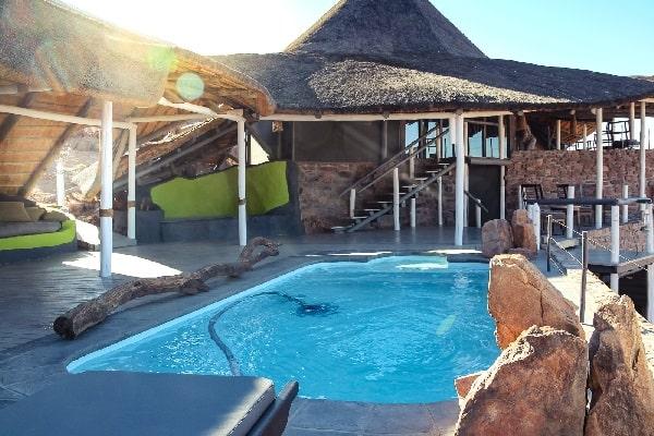 desert-homestead-outpost-pool-sossusvlei-namibia
