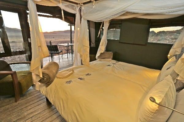 desert-homestead-outpost-room-interior-sossusvlei-namibia