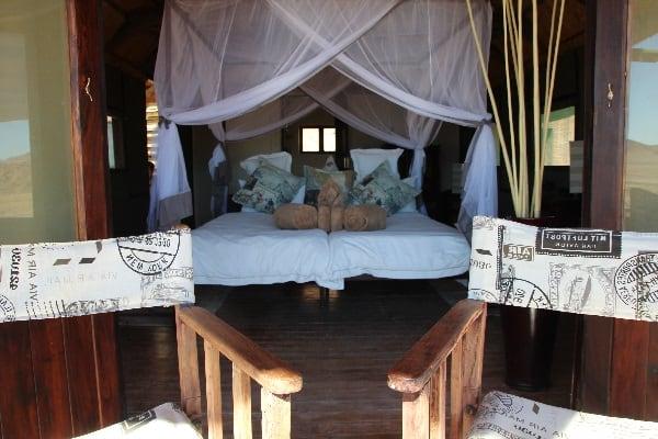 desert-homestead-outpost-room-sossusvlei-namibia