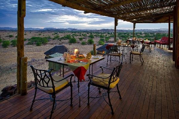 doro-nawas-dining-damaraland-namibia