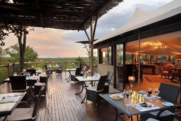 elephant-camp-dining-vic-falls-zimbabwe