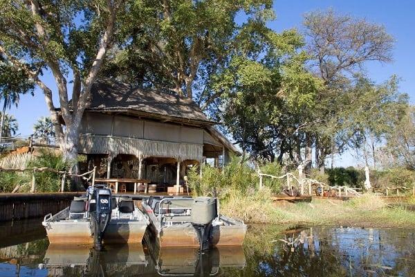 jacana-camp-exterior-okavango-botswana