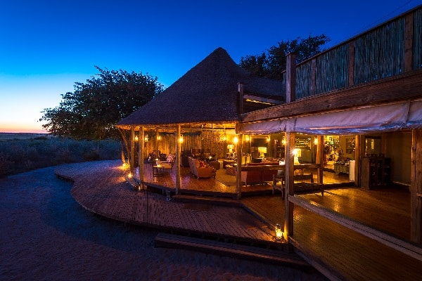 kalahari-plains-camp-exterior-lodge-botswana