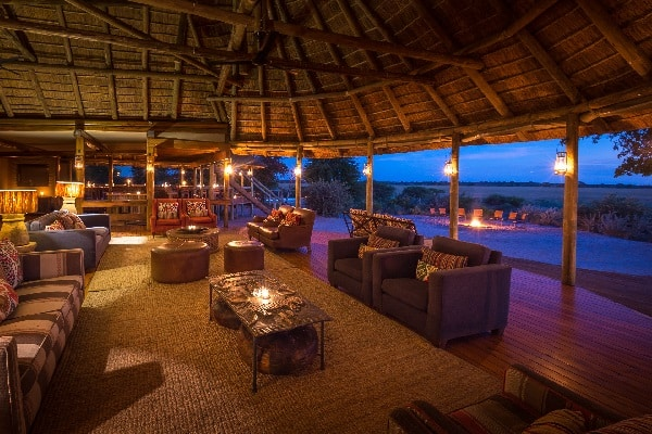kalahari-plains-camp-lounge-botswana