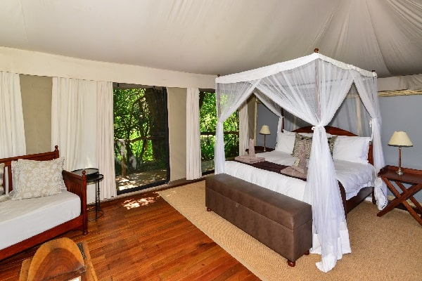kanga-camp-bedroom-manapools-zimbabwe