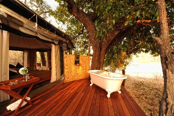 kanga-camp-outside-bath-manapools-zimbabwe