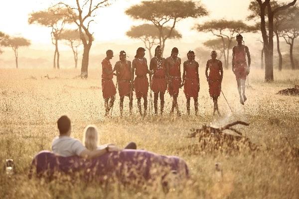 kleins-camp-masai-serengeti-tanzania