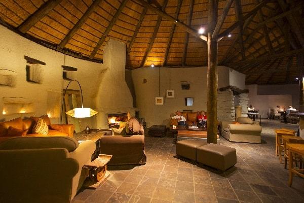kulala-desert-lodge-lounge-sossusvlei-namibia