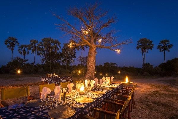 kwetsani-camp-dining-okavango-botswana