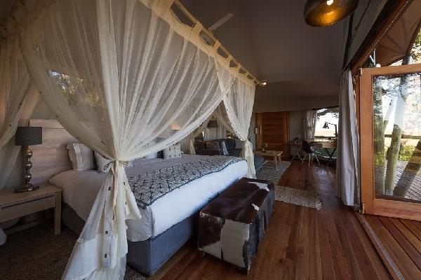 kwetsani-camp-room-interior-okavango-botswana