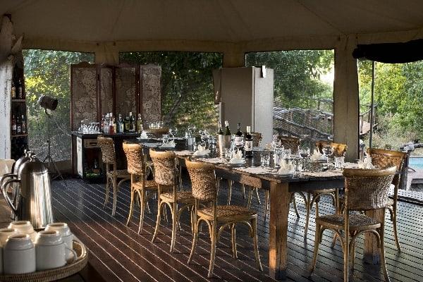 linyati-ebony-dining-interior-botswana