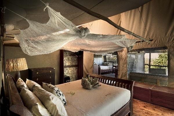 linyati-ebony-room-interior-linyati-botswana