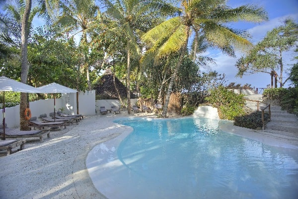 matemwe-lodge-bottom-pool-zanzibar