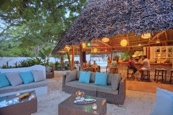 matemwe-lodge-outdoor-lounge-area-zanzibar