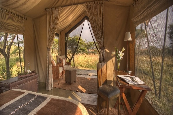 naboisho-camp-guest-tent-interior-view-masai-mara-kenya