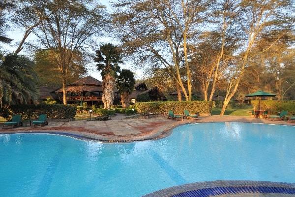 ol-tukai-lodge-pool-amboseli-kenya
