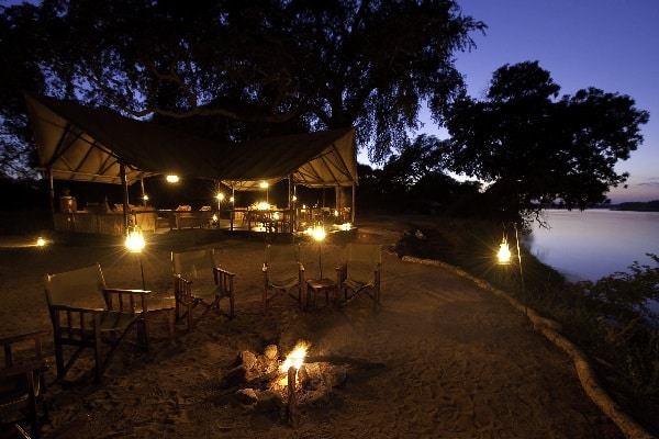 old-mondoro-camp-firepit-lower-zambezi-zambia