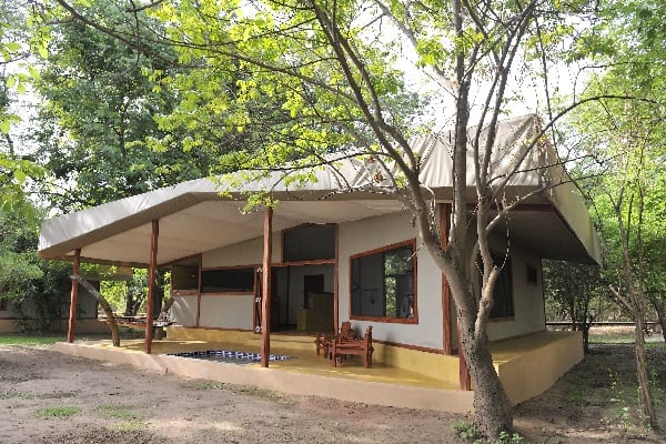 potato-bush-camp-exterior-lower-zambezi-zambia