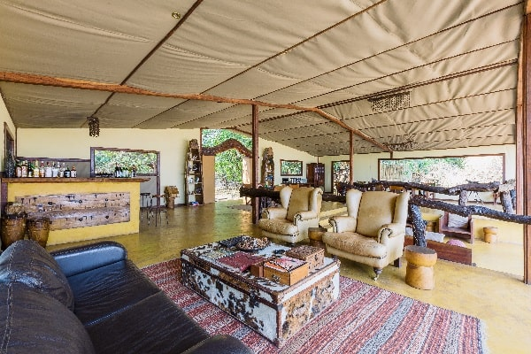 potato-bush-camp-lounge-lower-zambezi-zambia