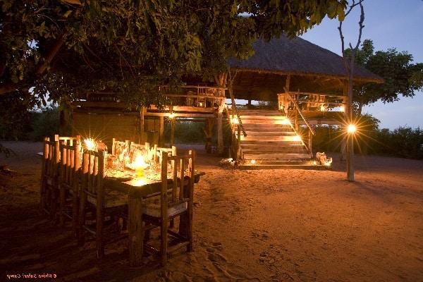 rhino-safari-camp-dining-matusadona-zimbabwe