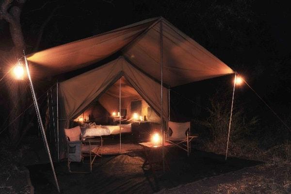 rhino-safari-camp-matusadona-exterior-zimbabwe