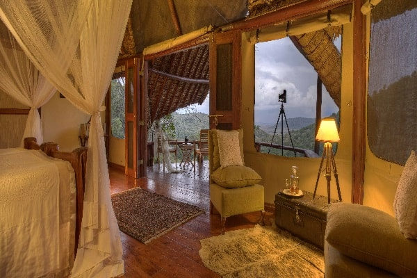 saruni-mara-room-interior-masai-mara-kenya