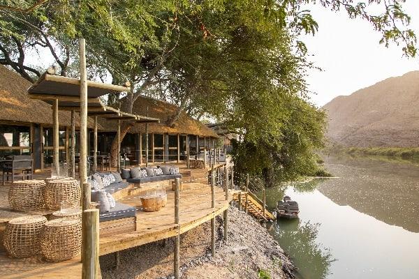 serra-cafema-exterior-skeleton-coast-namibia